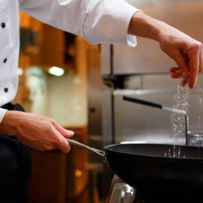 estudiar maestría en gastronomía y cocina en Esneca Business School latinoamérica
