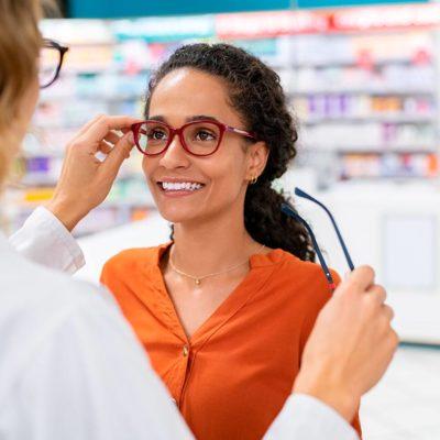 Descubra aqui o conteúdo do Mestrado Internacional em Auxiliar de Farmácia e Óptica